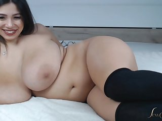 phat backside unfamiliar latina - busty curvy babe with fat ass on webcam