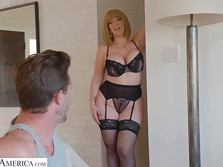Chuck-full mommy in sexy lingerie Sara Jay seduces young stepson