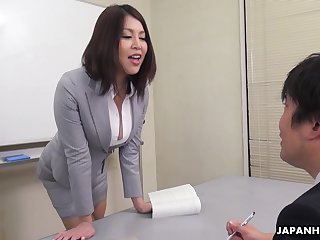 Erika Nishino House of Commons to her future would disgust assistant and fucks him good