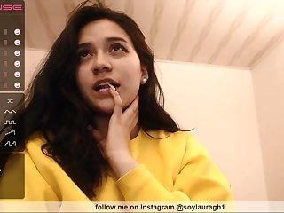 Nice amateur brunette heavens webcam show