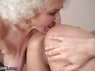 Hot 18yo Babe Fantasizes To Turtle-dove A GILF At The Hotel
