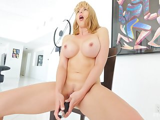 Homemade video be fitting of dazzling cougar Amber playing with her Nautical port taco