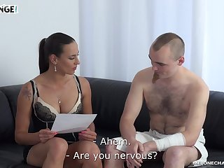 MILF pornstar fucks an tyro guy and he ends up disappointing her